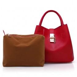 Sac à main rouge et sa sacoche